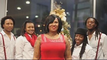 DeAndre Hopkins' mom overcomes domestic abuse that left her blind