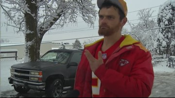 Homeless man rewarded for helping Chiefs player before playoff game