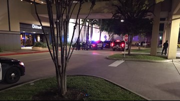 Loud noise at Baybrook Mall was from robbery, not shooting, police say