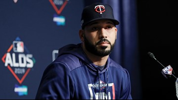 'I feel regret and am remorseful' | Marwin Gonzalez apologizes for Astros sign-stealing scandal