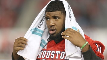 UH DT Ed Oliver, a top NFL draft prospect, has heated argument with coach Major Applewhite