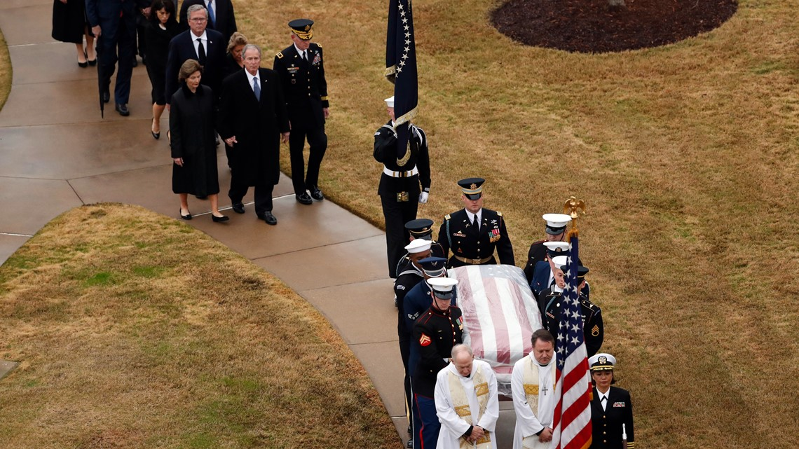 Photos Bush 41 S Interment Ceremony At Presidential Library In