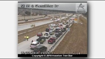 Deadly 7-vehicle crash shuts down all main lanes on Grand Parkway near FM 2920