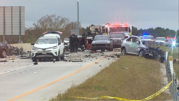 Two killed in 7-vehicle crash on Grand Parkway near FM 2920