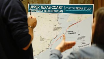 """Galveston residents weigh in on hurricane levee proposal that some call """"a really bad, bad plan"""""""