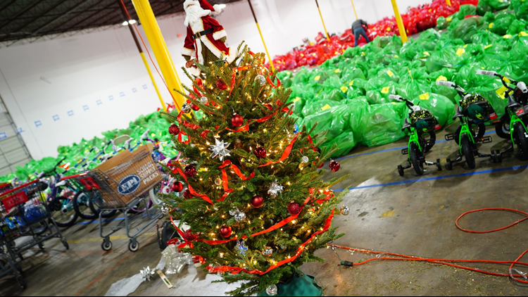 Amazon's Fraser Fir Christmas Tree