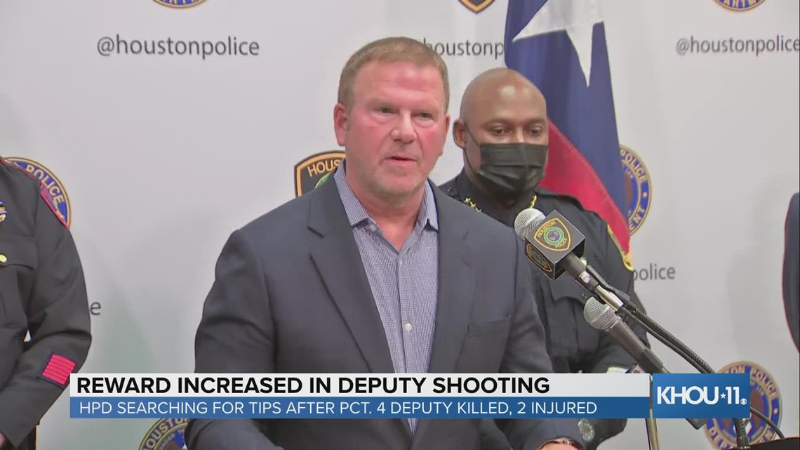 Tilman Fertitta boosts reward in fatal shooting of Precinct 4 deputy