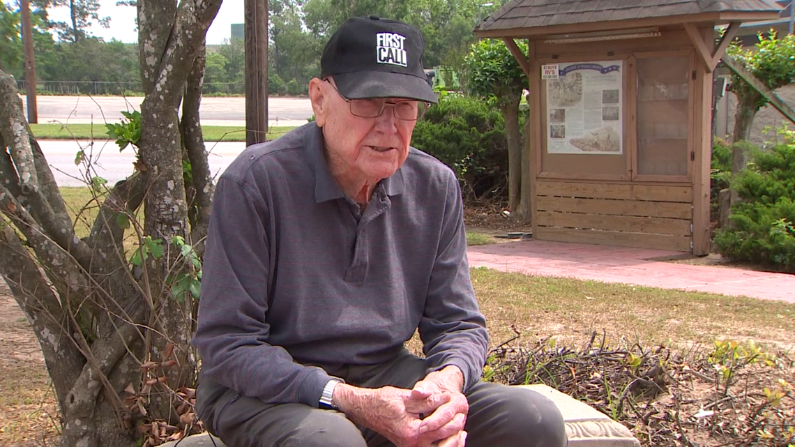 'I guess I've waited 75 years for this' | Class of 1946 member finally receives Alvin High School diploma