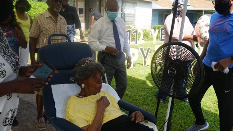 112th birthday: Houstonian Elizabeth Francis celebrates her big day in a big way
