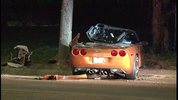 HPD: Man dies after crashing Corvette into tree