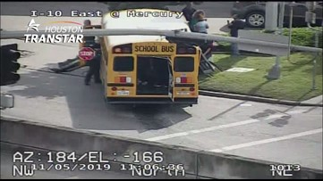 Police: 15-year-old chase suspect crashes into school bus in east Houston