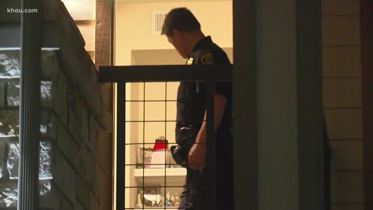 Teen accused of shooting his 5-year-old sister turns himself in
