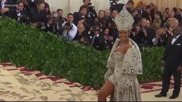 Rihanna named wealthiest female musician