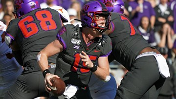 Freshman Duggan shines as TCU knocks off No. 15 Texas 37-27