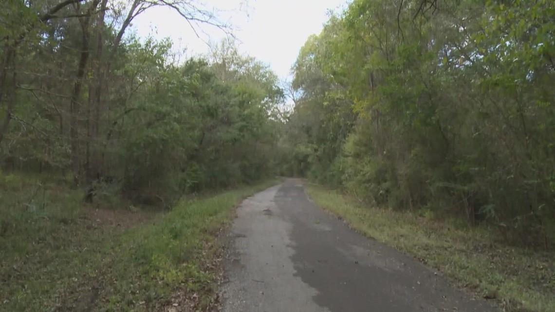 A Texas road haunted...by monkeys?