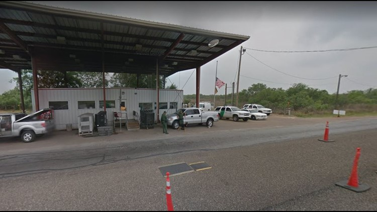 Two soldiers assigned to Fort Hood charged with trying to smuggle undocumented immigrants into Texas, feds say