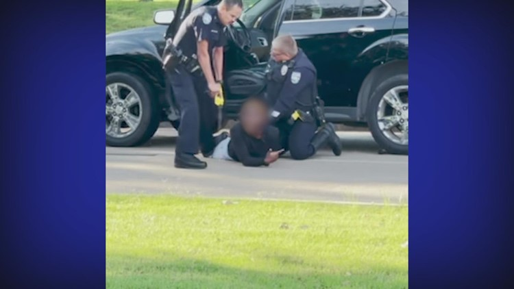 'Don't do this please' | Emotional arrest of woman in Pearland caught on video