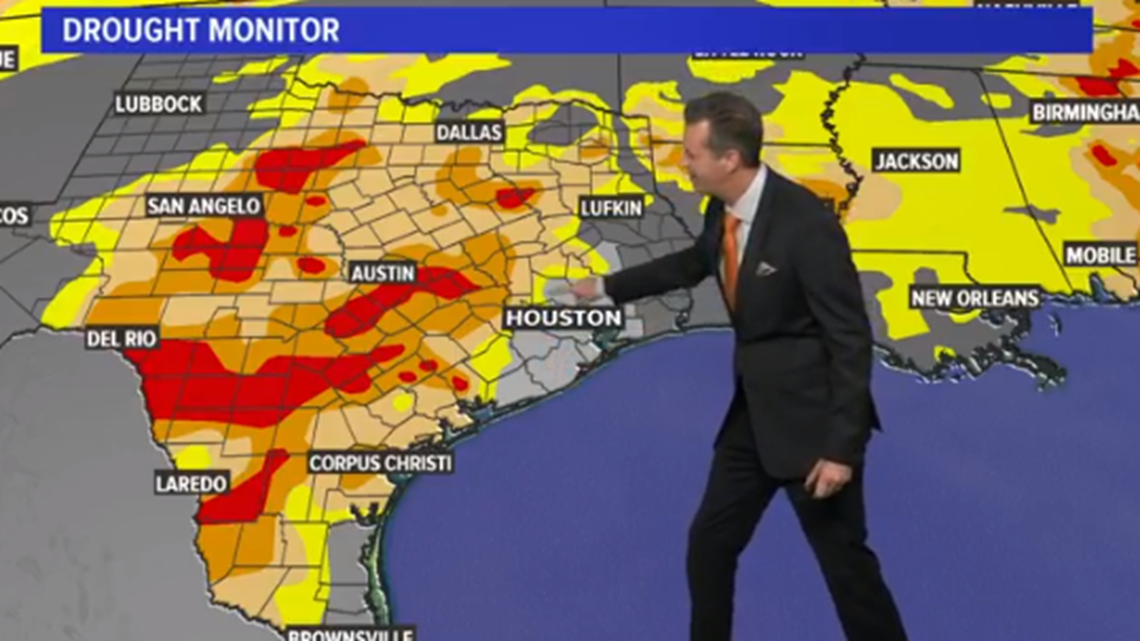 Houston Forecast: Strong Monday AM Storms