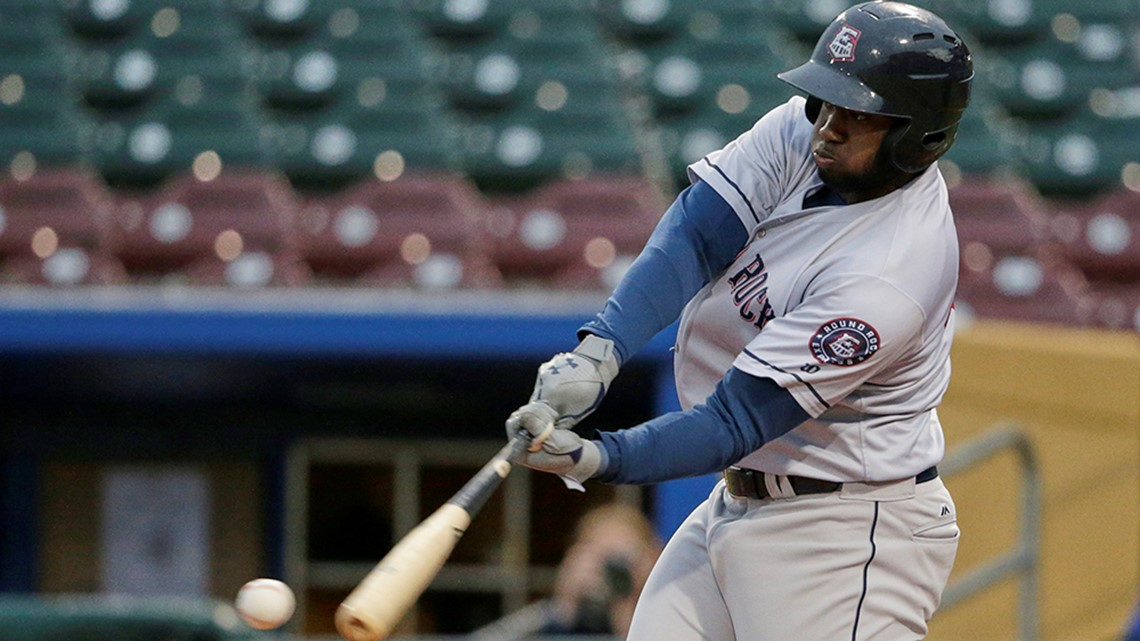 Extra Bases: Yordan Alvarez comparisons? How about two former HR kings