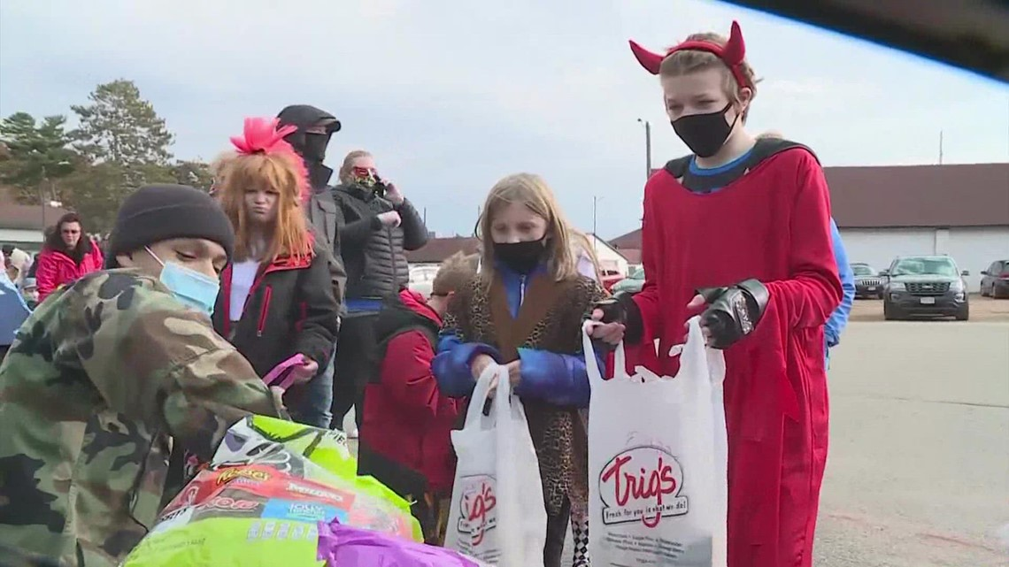 Is it safe to trick-or-treat this year? Here's what Dr. Fauci says