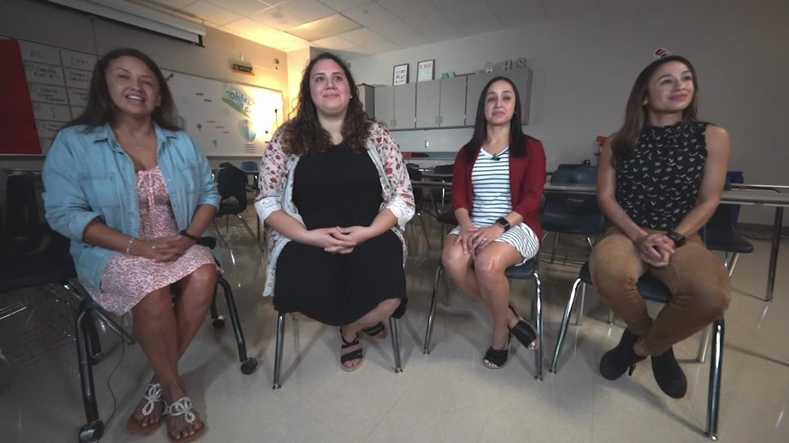 Mother, 3 daughters all teachers for Alvin ISD