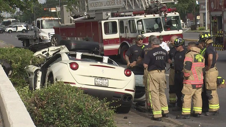 HPD: 2 drivers dead after Ferrari loses control on Westheimer