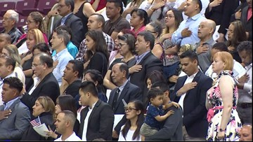 More than 2K take oath to become U S  citizens in Houston