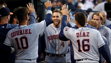 Astros rout Tigers 11-4, extend winning streak to 7