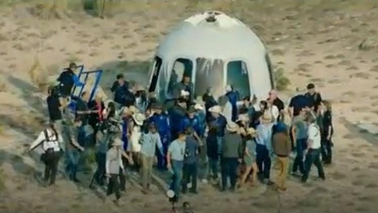 LIVE UPDATES: 'Capsule, touchdown!'   Blue Origin human space flight in West Texas