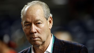Astros owner Jim Crane expects to hire new manager by Feb. 3