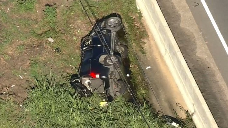 Sheriff: Mother, 4 children injured in crash in Humble after driver cut them off