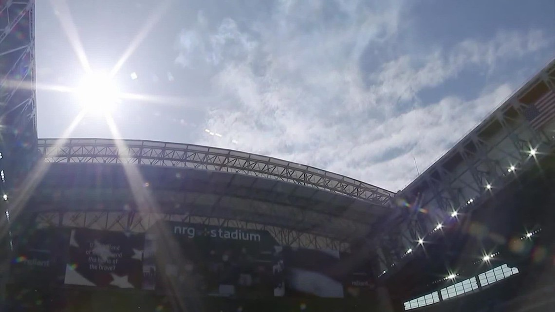 Here's why the Texans keep the roof closed during most home games