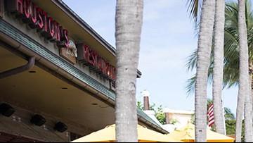 Houston's Restaurant on Westheimer closes suddenly