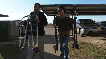 Good Samaritan donates walkers to family after apartment fire