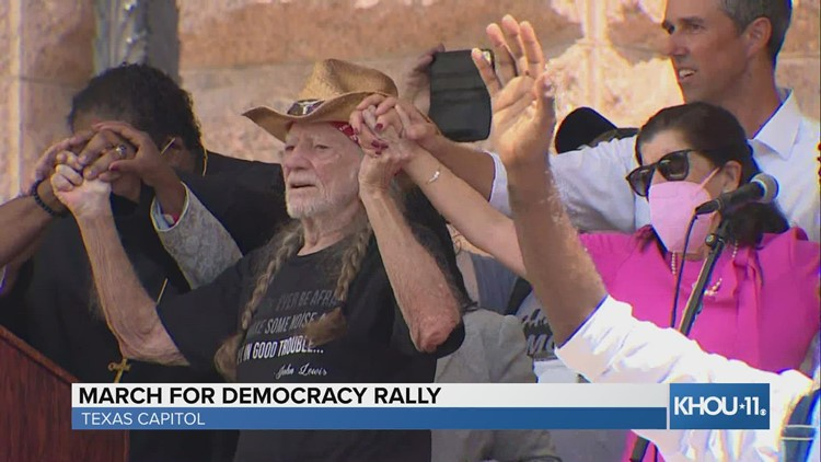 Willie Nelson performs at Texas Capitol rally for voting rights