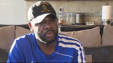 Retired Army veteran uses car in hopes of finding a kidney donor