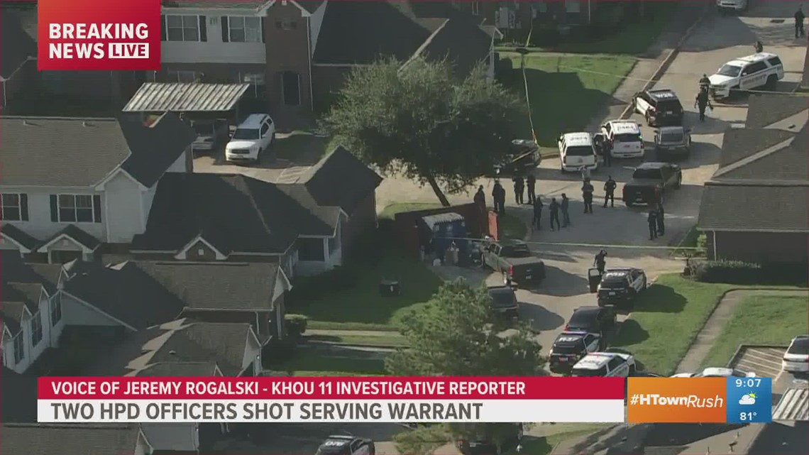 Timeline: 2 officers shot executing warrant in northeast Houston