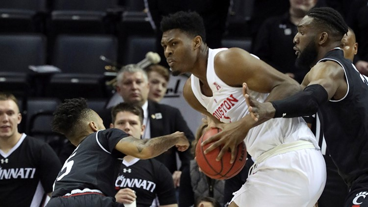 Houston gets No. 3 seed, faces Georgia State in NCAA tournament