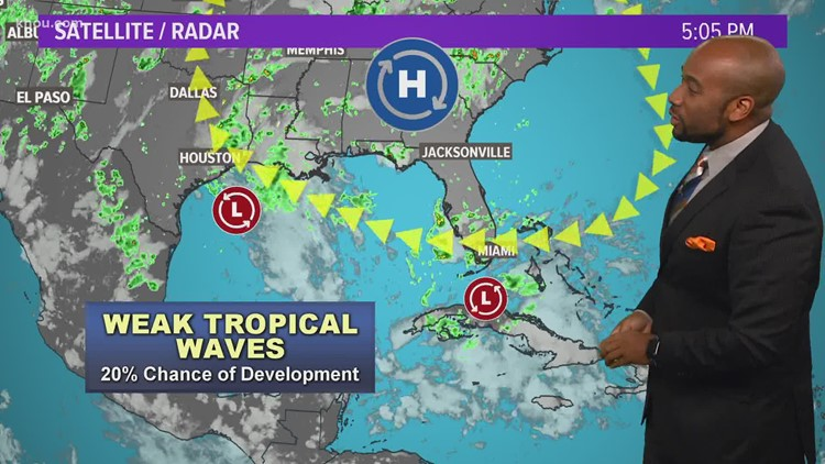 In the tropics: Watching two areas that could affect Houston weather (7/20, 6 p.m.)