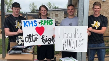 Kingwood students deliver donated school supplies to Alto students