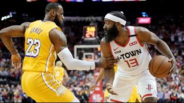 James scores 31 points, Lakers beat Rockets 124-115