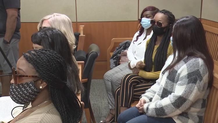 10 women suing Deshaun Watson appear in court