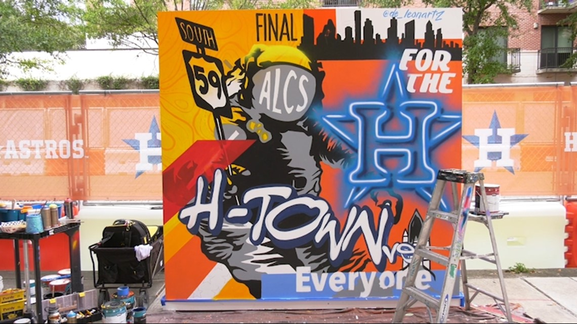 Jesse de Leon puts finishing touches on Astros ALCS mural