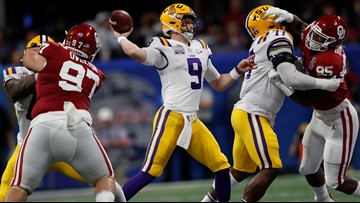 Burrow throws 7 TDs, No. 1 LSU routs No. Oklahoma 63-28