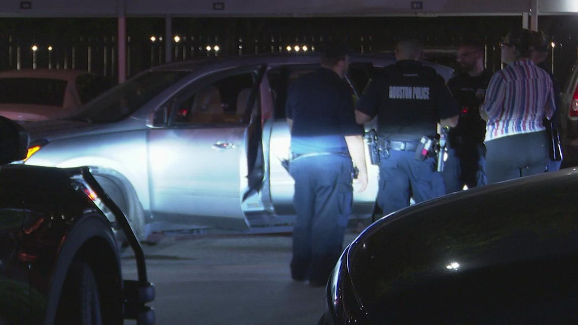 7-month-old baby found inside stolen vehicle in west Houston, police say