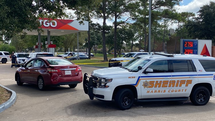 Sheriff: Suspect shot by clerk after attempting to rob NW Harris County business
