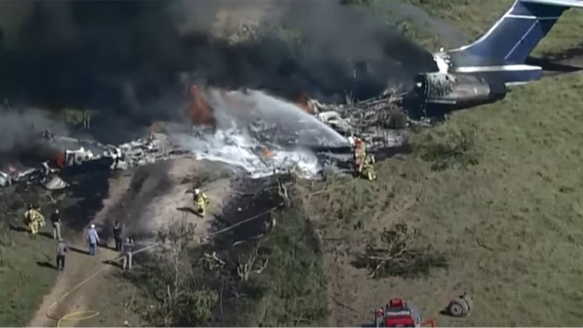Video shows plane engulfed in flames after going down in Katy-Brookshire area