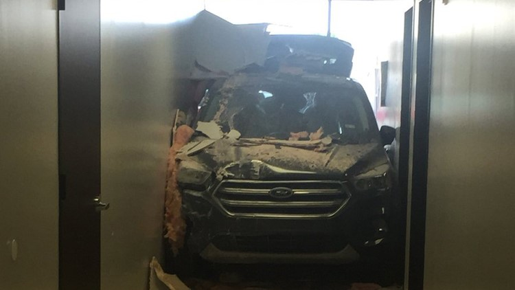Harris County early voting site will remain open despite driver crashing into building