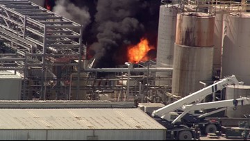 'It was terrifying' | Deadly chemical plant fire in Crosby is contained