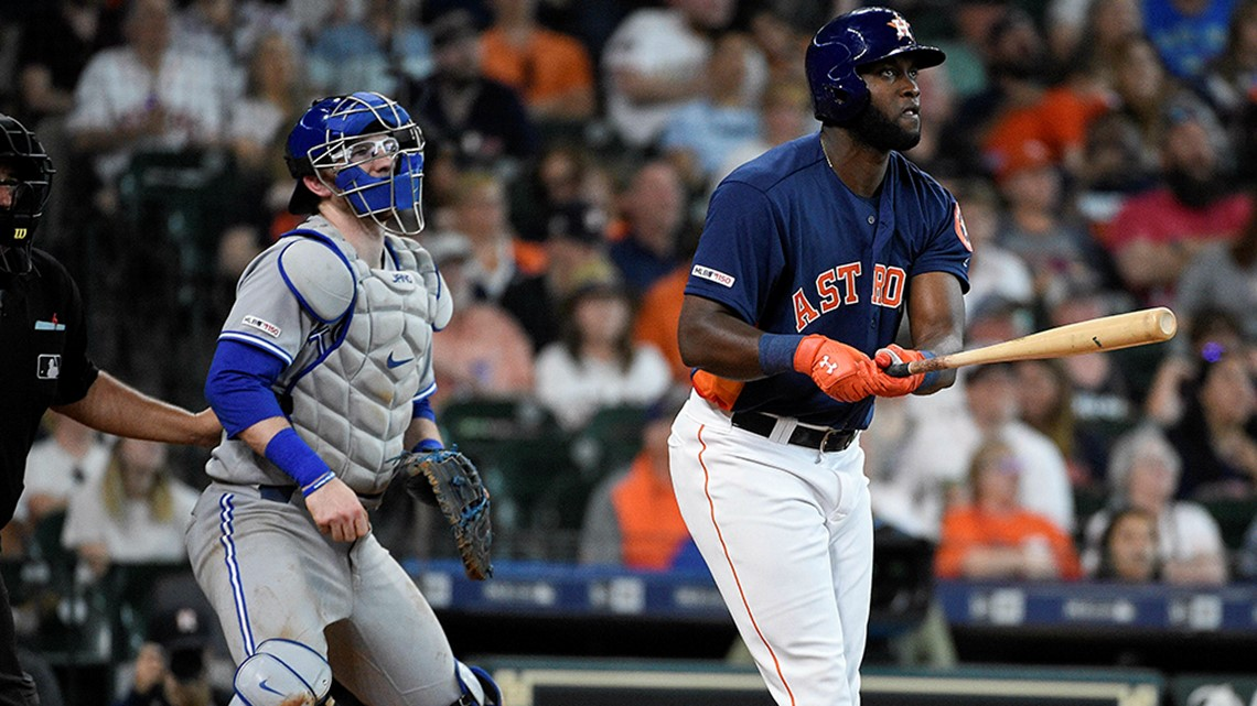 Rookie Yordan Alvarez homers again, Astros top Blue Jays 7-2